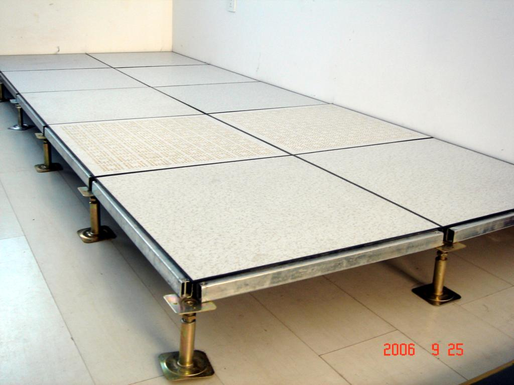 架空床_全钢防静电架空地板