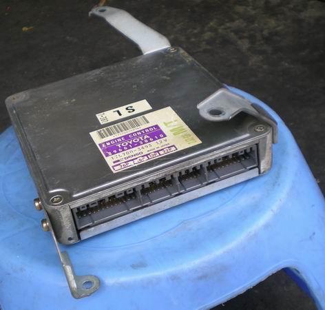 皇冠3.0电脑板,波箱,汽车配件,拆车件