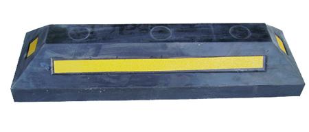 桂丰优质橡塑车轮定位器,橡胶定位器,交通设施,道路划线,停车场工