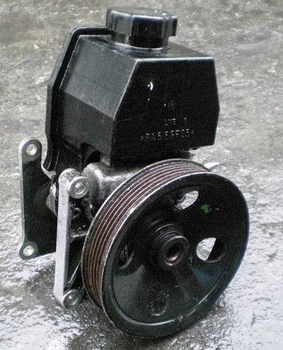 奔驰C200  W203助力泵,拆车件配件