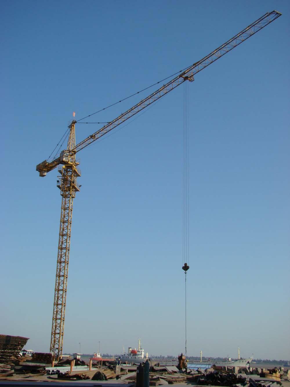 腾飞qtz40塔吊基础图