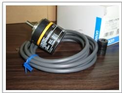 特价供应欧姆编码器E6B2-CWZ6C 500P/R