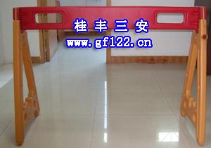 深圳桂丰专业生产可移动便携式A字塑料防护栏