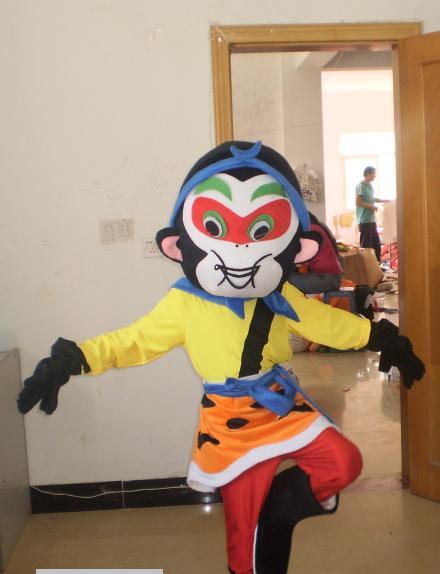 低价销售厦门卡通服装/天津卡通服饰/青岛六一儿童节表演服装/节庆
