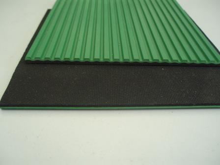 黑绿复合条纹板