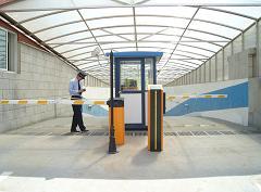 DDAY南泽388停车场管理系统
