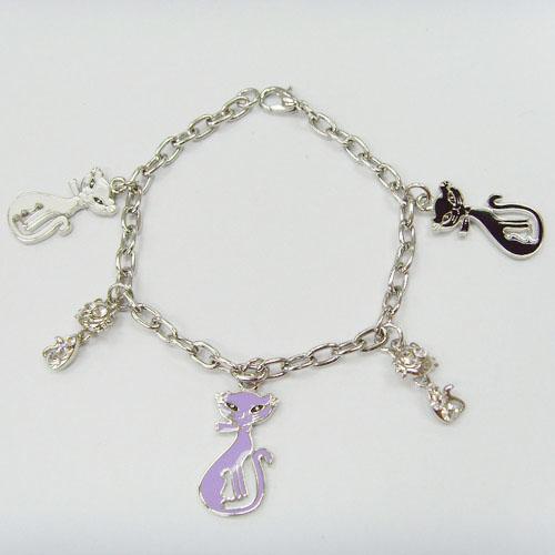 供应金属手链,仿真动物生肖饰品,韩版欧美饰品,挂件,礼品