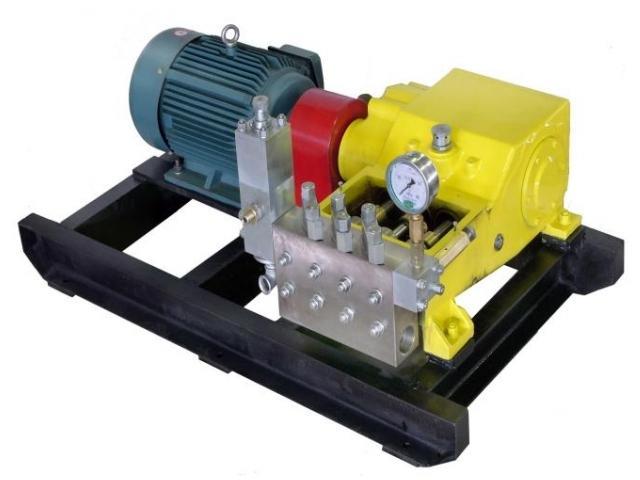 注聚泵(高压三缸柱塞泵)