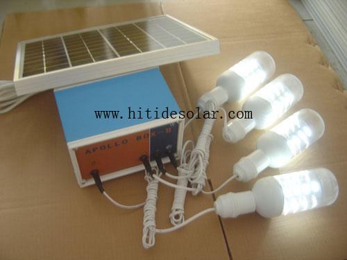 电风扇  12v/5w 直流风扇(选购) ⊙充电功能  输 入  一个12v太阳能