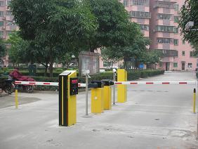停车场出入管理系统的前景(南泽黄明发)
