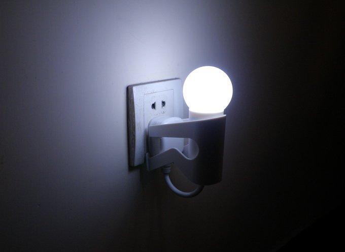 led光控小人灯 光控小夜灯