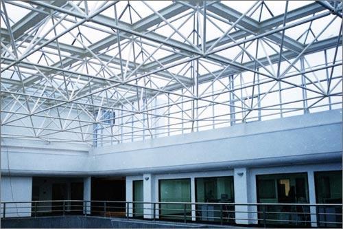 一级施工 甲级设计资质钢结构企业承揽各种钢结构 网架 幕墙工程