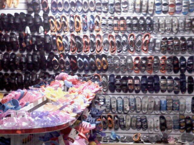 各类拖鞋、雨鞋、水鞋、布鞋、休闲鞋、解放鞋、劳保鞋各类拖鞋、雨鞋、水鞋、布鞋、休闲鞋、解放鞋、劳保鞋~~