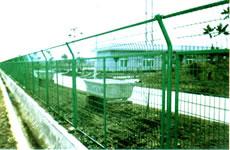 钢板网,护栏网,不锈钢网,护栏网等各种丝网