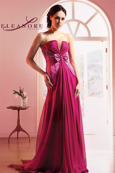 斯雅特婚纱礼服工艺时装厂的形象照片