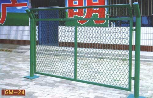 厂家供应大连钢板网,重型,小型钢板网,规格齐全,价格低廉