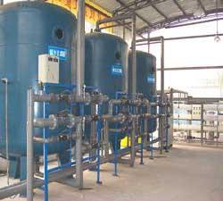 广西南宁绿泽环保除铁除锰过滤器 除铁锰设备 除铁过滤器