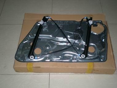 信美达汽配供应帕萨特B5玻璃升降器支架原厂配件高清图片