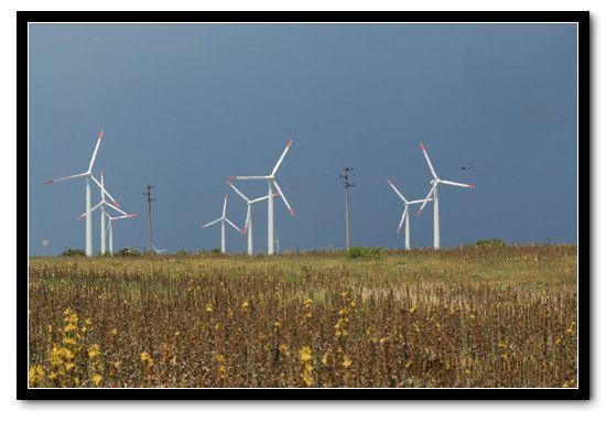 水平轴风力发电机系统