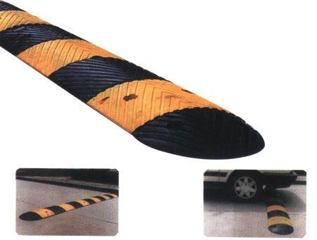 橡胶减速板