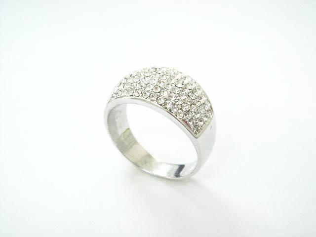 供应手饰品,戒指,指环,项坠,挂件,礼品