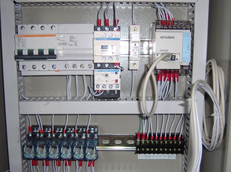 本公司专业提供非标自动化设备电路设计,电器配件选配与供应,控制电箱