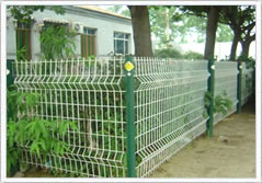 公园护栏网,体育场防护网,小区隔离栅