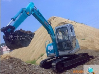 360度履带挖土机