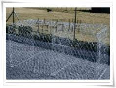 高尔凡石笼网,高尔凡铅丝笼,5%锌铝合金石笼网,金属网箱,网垫
