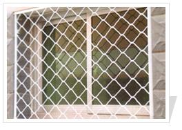 供应美格护栏网 建筑防护网 活洛网 门窗防护网