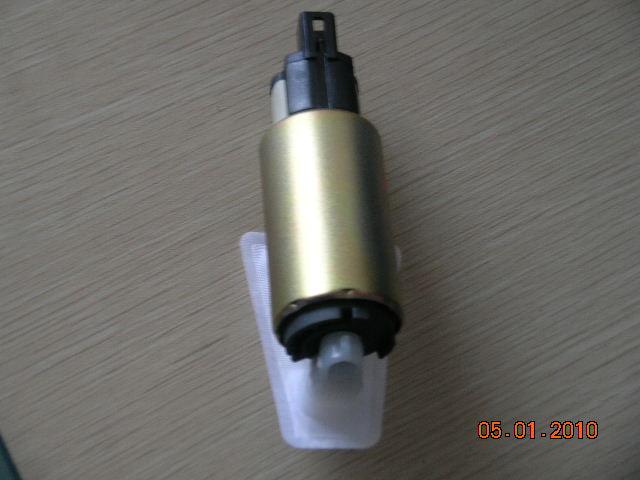 宝马x5电子水泵电路图