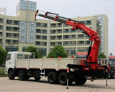 广州宏鑫起重搬运吊装运输吊车租赁中心
