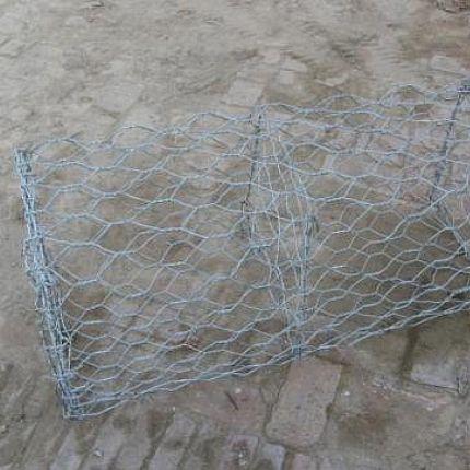 安平佳盛石笼网厂供应格宾网,蜂巢挡墙0318-8096007