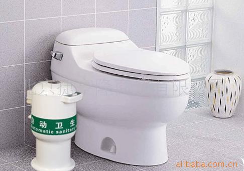 完全替代传统的垃圾桶:更可以避免卫生间
