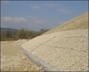 堤坡及河道防护用铅丝笼