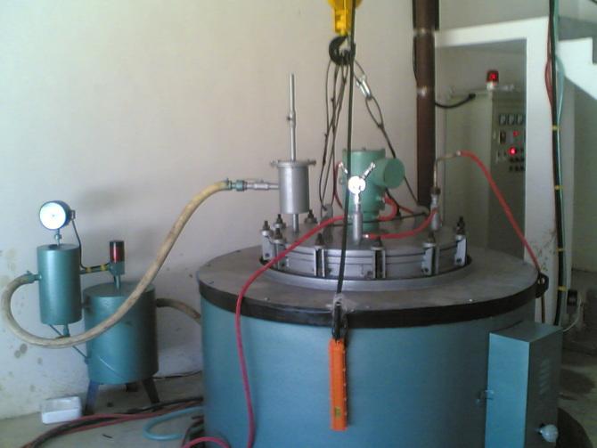 真空正负压脉冲氮化炉