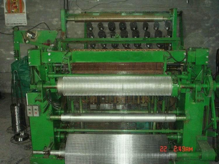 电焊网片机
