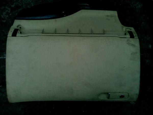 帕萨特b5杂物箱,后视镜,扶手箱,仪表等配件,拆车件