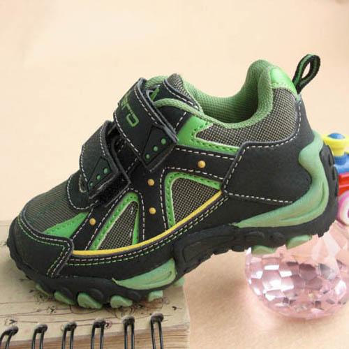 外贸出口大童运动鞋
