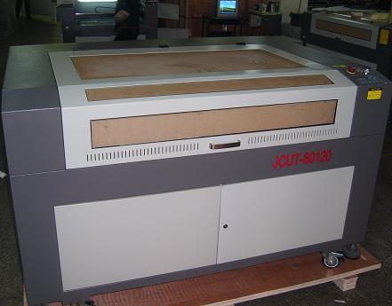 激光雕刻机皮革雕花机激光切割机