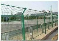 供应隔离网 护栏网 体育场围栏 桥梁防抛网