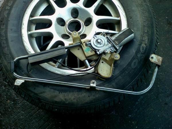 凯迪拉克4.9玻璃升降器、中网、水箱等汽车配件,拆车件