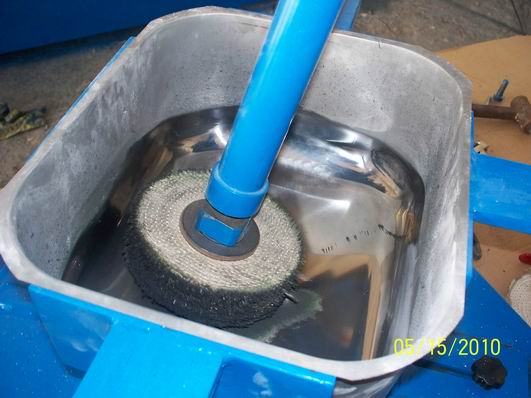 不锈钢水槽底部抛光机