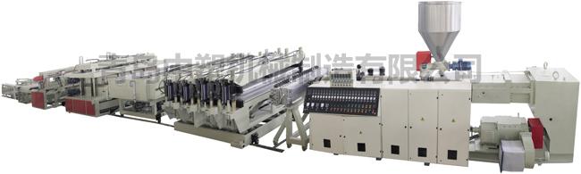 青岛胶州塑料机械厂生产PVC结皮发泡板生产设备
