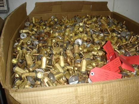深圳高价收铜,深圳线路板回收,深圳塑胶回收