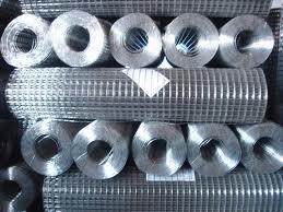 1通常建筑电焊网规格网孔1/2,40-50丝