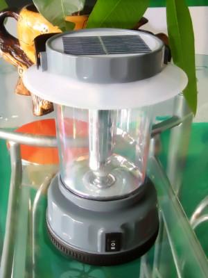 太阳能手提野营灯