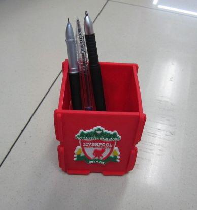供应世界杯笔筒,厂家直销,来样定做