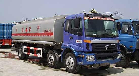 化工车,化工液体运输车,液罐车