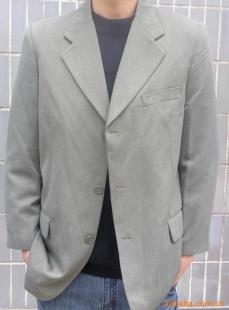 12元亏本处理一批库存男装,西装,男式西服